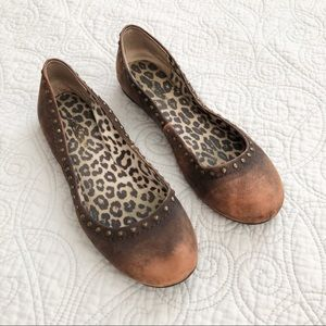 Lucky Brand Frankie Distressed Studded Flats